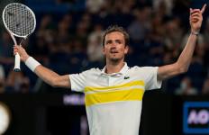 Pukul Pria dari Negeri Para Dewa, Daniil Medvedev Masuk Final Australian Open 2021 - JPNN.com