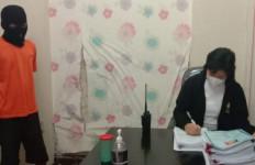 Ya Tuhan, S Ditangkap karena Diduga Mencabuli 5 Putri Kandungnya - JPNN.com