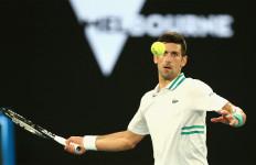 Novak Djokovic Memang Luar Biasa, Lawannya Sampai Mematahkan Raket - JPNN.com