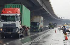 Banjir di Tol Jakarta-Cikampek Surut, Simak Informasinya - JPNN.com