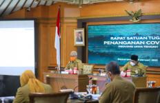 Ganjar Minta Bupati dan Wali Kota Mempercepat Vaksinasi Covid-19 Gelombang II - JPNN.com