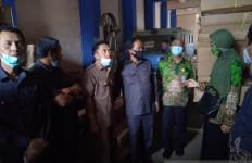 Bantuan Covid-19 Senilai Rp 1,2 Miliar Tak Disalurkan, Tersimpan di Gudang Jalan Trunojoyo - JPNN.com