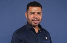 Filep Wamafma: Hak Masyarakat Adat di Teluk Bintuni Harus Diperhatikan - JPNN.com