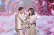 Dewi Perssik Mengaku Kangen, Denny Caknan dan Happy Asmara Tampil Serasi - JPNN.com