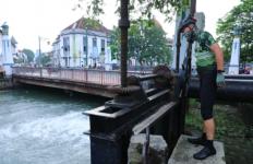 Tak Ingin Kota Lama Terus Dilanda Banjir, Ini yang Dilakukan Pak Ganjar Sepanjang Pagi - JPNN.com