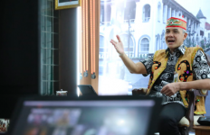 Tawar Peserta Latsar CPNS Magang Bersamanya, Pak Ganjar: Siap jadi Babu Rakyat? - JPNN.com