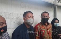 Sidang Kasus yang Menjerat Vicky Prasetyo Ditunda Lagi, Pengin Tahu Penyebabnya? - JPNN.com