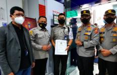 Aksi Satpam BRI Diganjar Penghargaan dari Polri & Satgas Covid Makassar - JPNN.com