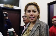Nikita Mirzani Akhirnya Resmi Bercerai dari Dipo Latief - JPNN.com