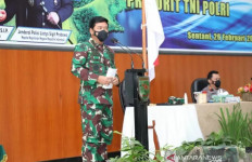 Panglima TNI Hadi Bersama Kapolri Listyo Berikan Arahan Tegas Terkait Situasi Terkini - JPNN.com