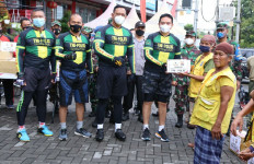 Lewat Gowes Bareng, TNI-Polri di NTB Serukan Soliditas - JPNN.com
