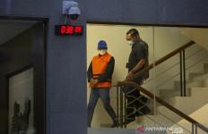 Gubernur Sulsel Nurdin Abdullah Ditahan, Lihat Posisi Tangannya - JPNN.com