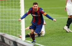 Barcelona Menang Berkat 1 Gol, 1 Umpan Matang dan 1 Kartu Kuning dari Messi - JPNN.com