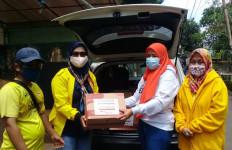 Bamsoet dan Gerakan Bangun Solidaritas Bantu Korban Banjir di Jakarta Selatan - JPNN.com