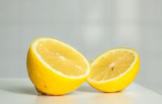 Atasi Infeksi Saluran Pernapasan, Ketahui 5 Manfaat Rutin Minum Jus Lemon Campur Nanas - JPNN.com