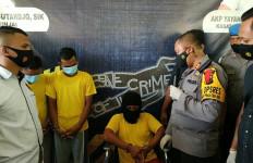 Sulistiono Sudah Ditangkap, Pembunuh Pasutri Itu Kini Terduduk di Kursi Roda, Tuh Tampangnya - JPNN.com