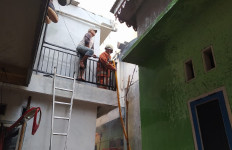 21 Kamar Kontrakan di Tanah Abang Ludes Terbakar - JPNN.com