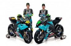 Valentino Rossi Sangat Senang Pakai Seragam Petronas Yamaha SRT: Kami Siap - JPNN.com