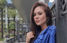 Di Ambang Perceraian, Wulan Guritno Masih Serumah dengan Adilla Dimitri - JPNN.com