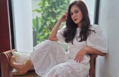 Alamat Tinggal Berbeda, Wulan Guritno dan Adilla Dimitri Sudah Pisah Rumah? - JPNN.com
