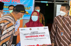 Takut Rapid Test, Warga Desa Kabur ke Hutan, Menko PMK Terkejut - JPNN.com