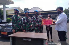 Ini Motif Wanita Pamer Mobil Berpelat TNI Palsu, Gaya-gayaan - JPNN.com