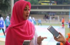 Dina Lorenza Pengin Menikah Lagi Sebelum Meninggal - JPNN.com