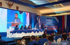 Lihat Moeldoko Pakai Jas Demokrat, Berpidato Sebut soal Rakyat - JPNN.com
