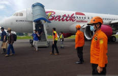 Pesawat Dievakuasi dari Runway Bandara Sultan Thaha, Batik Air Serahkan KNKT untuk Investigasi - JPNN.com