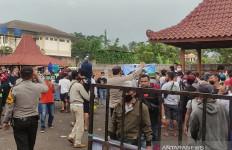 Cuit, Cuit, Cuit, Lomba Burung Berkicau di Cianjur Dibubarkan Polisi - JPNN.com