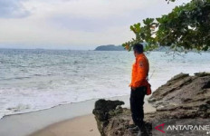 2 Bocah Tenggelam di Pantai Palabuhanratu, Wisata Keluarga Berubah Menjadi Melapetaka - JPNN.com