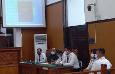 Setelah 2 Kali Absen, Polisi Akhirnya Hadiri Persidangan Gugatan Habib Rizieq - JPNN.com
