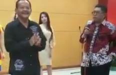 Viral Video Wali Kota Blitar Joget Tanpa Masker, Polisi Garap 5 Saksi - JPNN.com