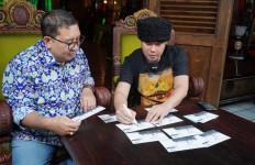 Hari Musik Nasional, Fadli Zon Luncurkan Sampul Prangko Edisi Dewa 19 - JPNN.com