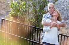 3 Alasan Menarik Banyak Pasangan Berhubungan Intim Saat Musim Hujan - JPNN.com