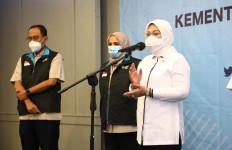 Menaker Ida Fauziyah Imbau Pekerja Tunda Bepergian ke Luar Kota - JPNN.com