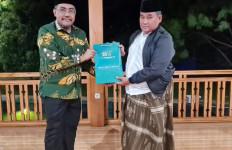 Silaturahim ke Kiai Lukman Hakim, Gus Jazil Diminta Majukan NU DKI - JPNN.com