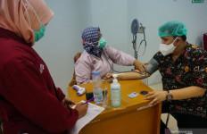 Tiga Tenaga Kesehatan Tulungagung Positif COVID-19 Usai Vaksinasi - JPNN.com