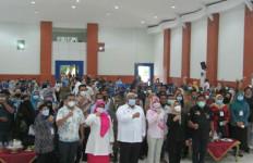 Gaji Honorer K2 Naik 50%, Tenaga Teknis Administrasi Diperjuangkan Jadi ASN - JPNN.com