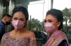 Aurel Hermansyah Resmi Bertunangan, Krisdayanti Terharu - JPNN.com