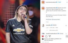 Foto Via Vallen Nongol di Akun Instagram Manchester United, Warganet Langsung Heboh - JPNN.com