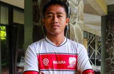 Berpisah dari PSM, Bayu Gatra Resmi Kembali ke Madura United - JPNN.com