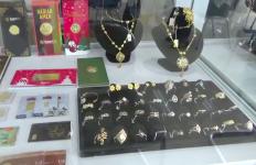 Harga Emas Turun, Penyaluran Pinjaman di Pegadaian tak Terpengaruh - JPNN.com