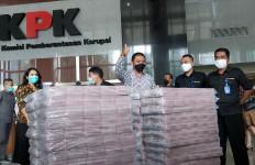 Lihat Nih, Gepokan Duit yang Disita dari Kasus Korupsi Edhy Prabowo - JPNN.com