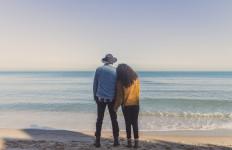 Jangan Mudah Jatuh Cinta Terlalu Cepat, Ini 7 Cara Menghindarinya - JPNN.com