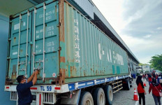 Surplus Neraca Perdagangan Perlu Ditangani Hati-Hati, Berikut 9 Alasannya - JPNN.com