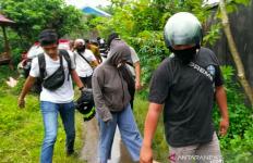 Sepasang Kekasih Digerebek saat Berduaan di Indekos, Polisi Temukan Barang Terlarang - JPNN.com