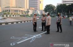 Polisi Olah TKP Kasus Mercy Tabrak Sepeda di Bundaran HI - JPNN.com