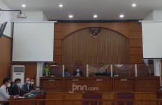 Sidang Putusan Habib Rizieq, Perbedaan Pendapat Tajam Banget, Simak Kalimat Kombes Hengki - JPNN.com