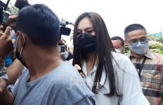 Wulan Guritno Resmi Menjanda, Kuasa Hukum: Enggak Ada Perselingkuhan - JPNN.com